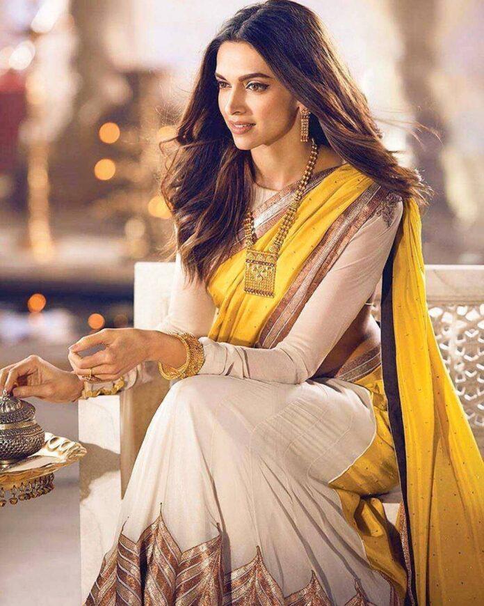 Deepika ke traditional outfits